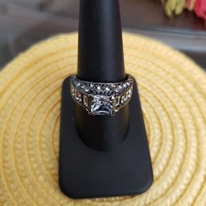 VINTAGE ☆ Pewter & CZ Ring, 9, PRETTY!